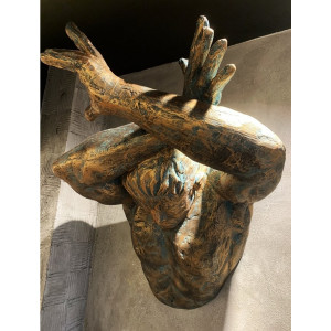 Настенная скульптура Wall art man (cross arm)